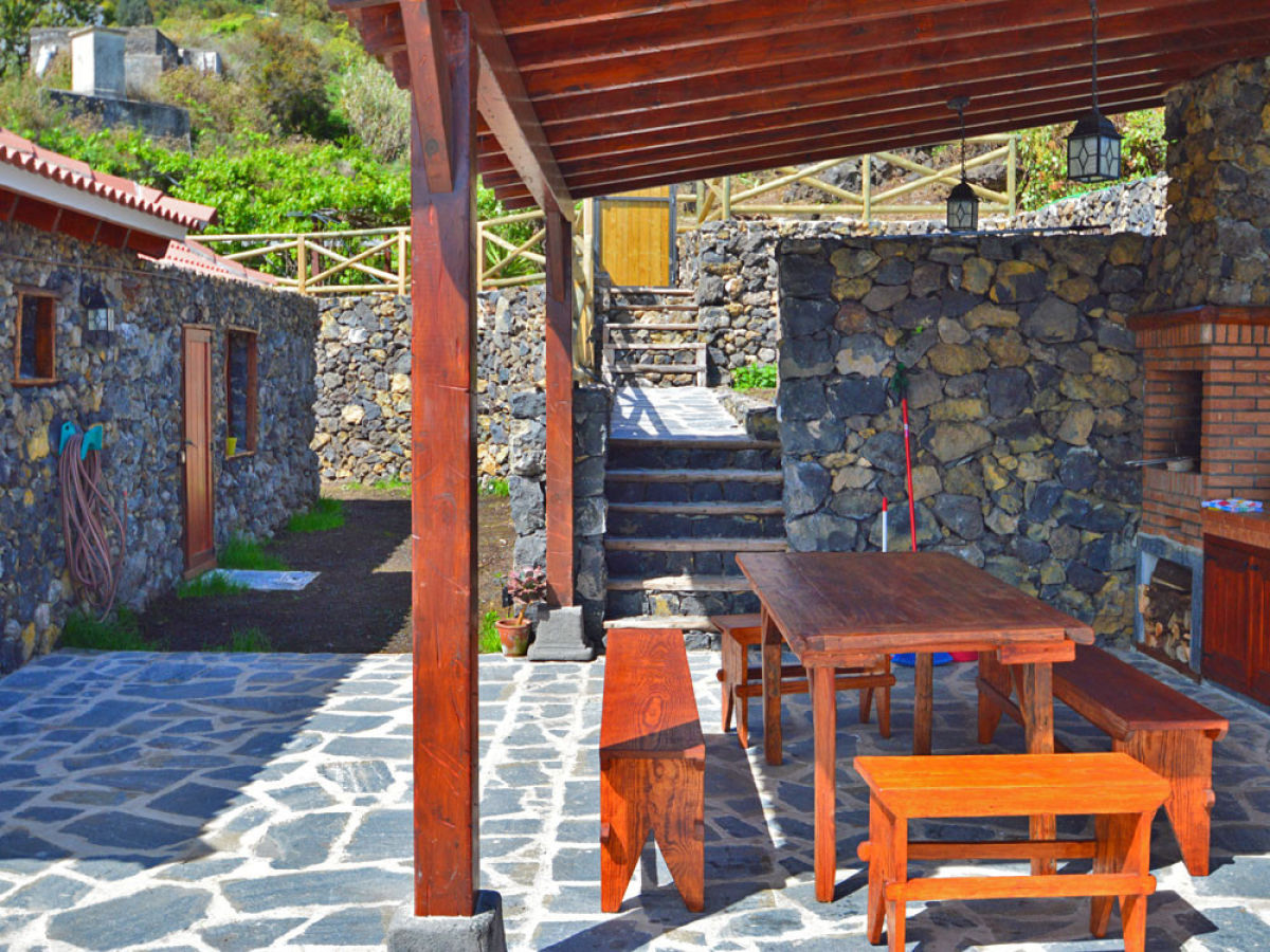 Außenküche Mit Backofen : Ferienhaus mit außenküche f6760 icod de los vinos firma