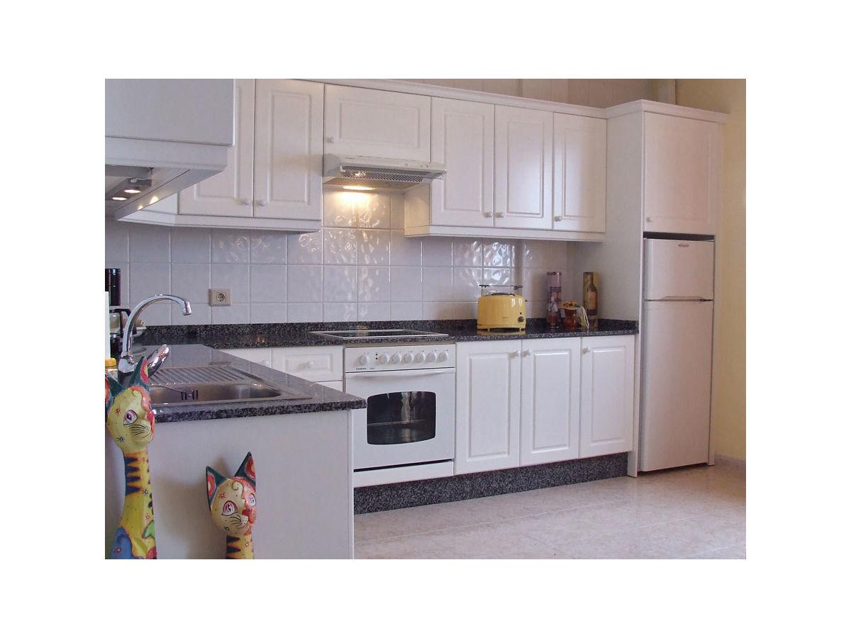 ferienwohnung direkt am strand f5024 bajamar firma privateholiday ihre vermittlungsagentur. Black Bedroom Furniture Sets. Home Design Ideas