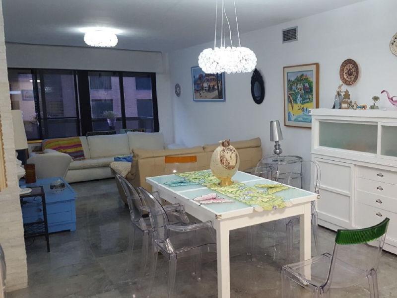 Ferienwohnung Les Arts Apartment