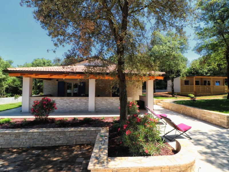 Villa Paradiso with dependance