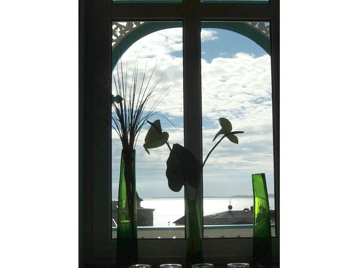 ferienwohnung meerblick und designm blierung sassnitz herr andreas bertheau. Black Bedroom Furniture Sets. Home Design Ideas