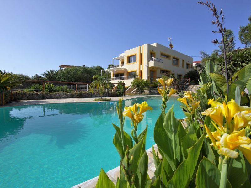 Villa Can Carpa