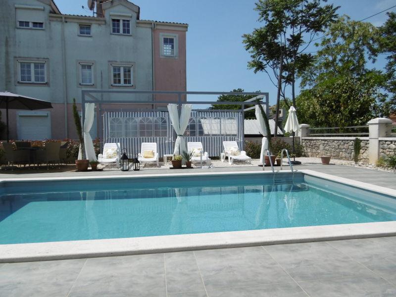 Ferienwohnung Villa Luka Apartment Creme