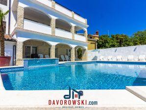 Ferienwohnung Villa Arta mit 65 m2 Pool und Jacuzzi - Apt. 1