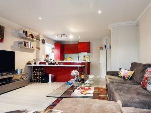 Stylish Marloes Apartment - JNM