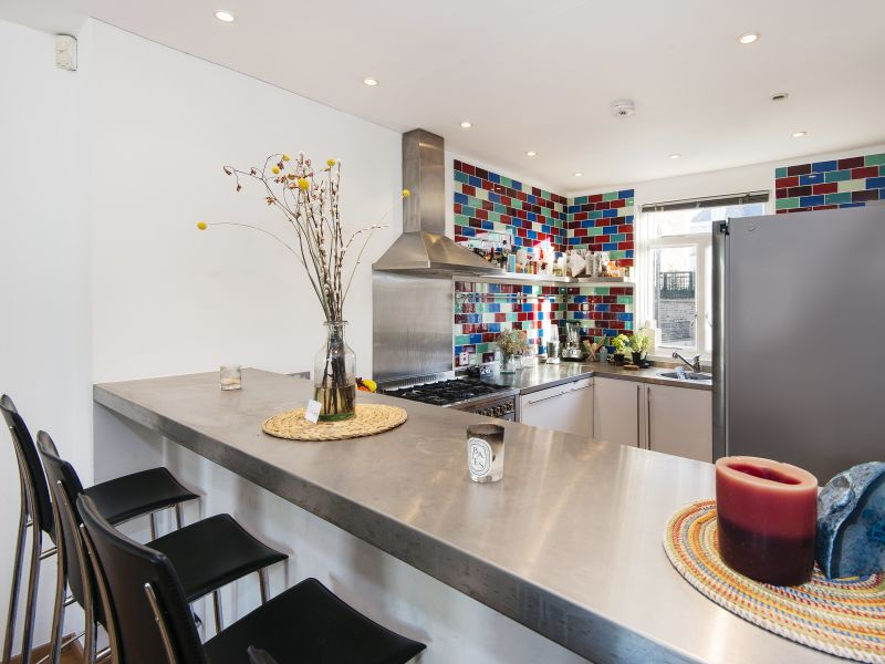 Apartment Modern Ladbroke Crescent Gem - OFY