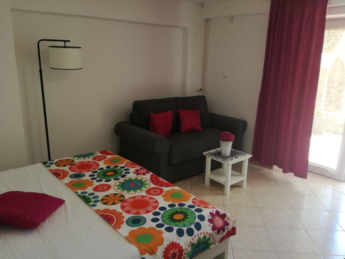 ferienwohnung lavendel crikvenica frau monika senka juric. Black Bedroom Furniture Sets. Home Design Ideas