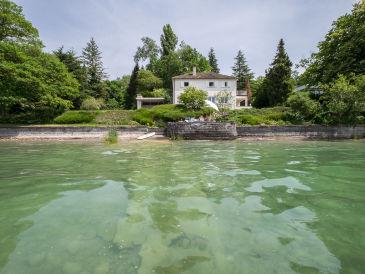 Ferienhaus Villa am See