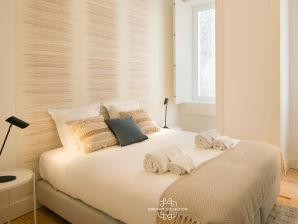 Apartment Bela da Rainha II