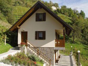 Ferienwohnung Vineyard Cottage Baron