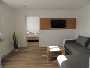 Holiday apartment Moderne Ferienwohnung im EG