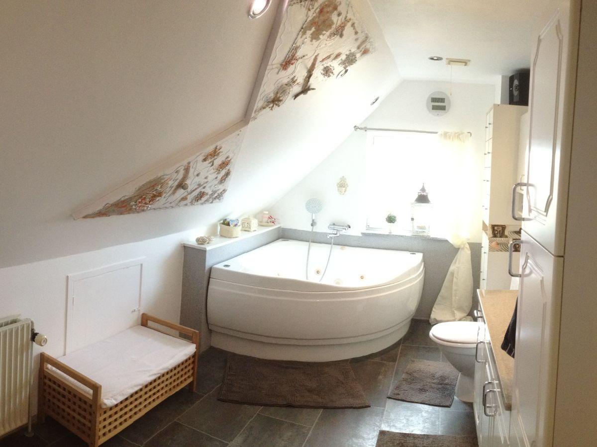 strandvilla hvide sande hvide sande frau claudia jacobsen. Black Bedroom Furniture Sets. Home Design Ideas