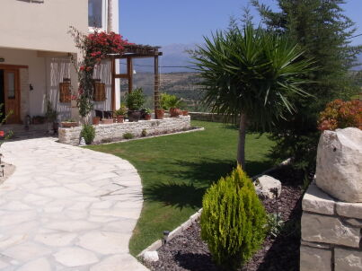 Haus Titos, Kamilari