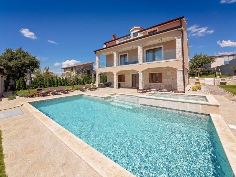 Villa Gambin