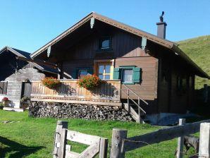 Eder Berghütte   --  Skihütte