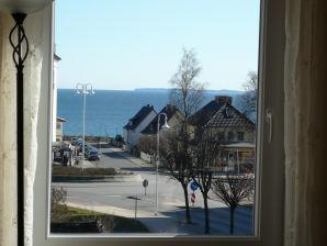 """Ferienwohnung """"BERNSTEIN"""" im Haus am Meer"""