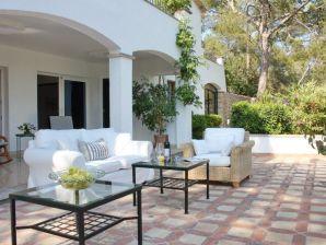 Mediterrane Ferien - Villa in Bendinat