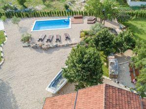 Villa Ni-Sa