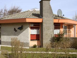 Holiday house Seestern Julianadorp Park Strandslag