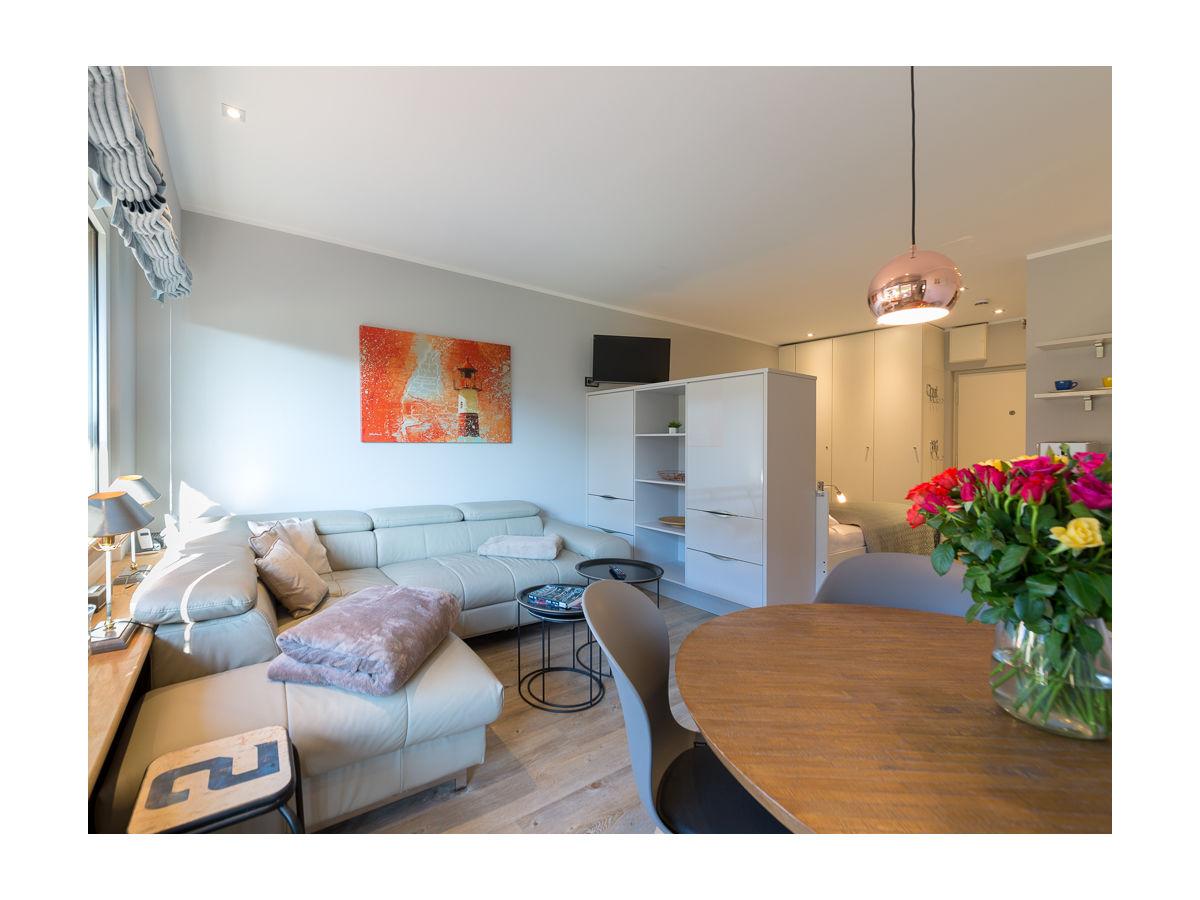 ferienwohnung lieblingsplatz kampen firma my sylt urlaub gbr m m hitroff frau monika hitroff. Black Bedroom Furniture Sets. Home Design Ideas