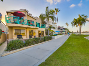 Holiday house #3263-65 BEACHFRONT -  Perfect for Family Reunions W/Patio and Terrace