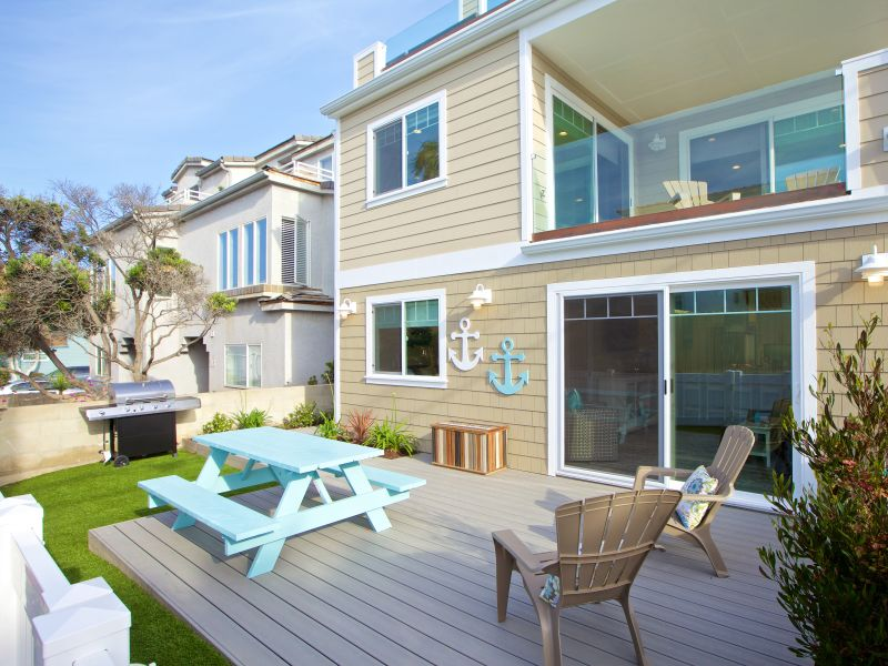 Holiday house #715B - Brand-new & luxurious with roof deck, 50 feet from Ocean