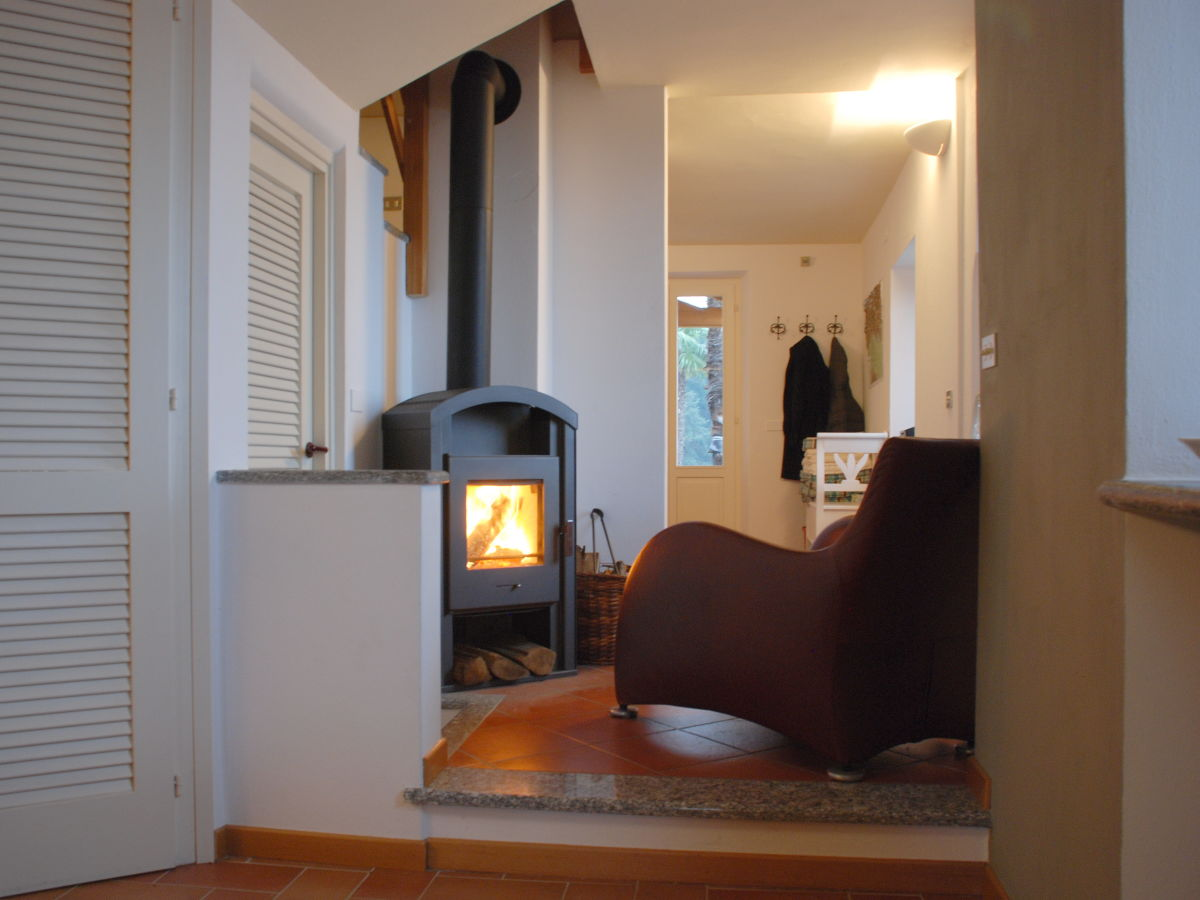 ferienhaus casa nostra lago maggiore castelveccana familie greta schepens. Black Bedroom Furniture Sets. Home Design Ideas