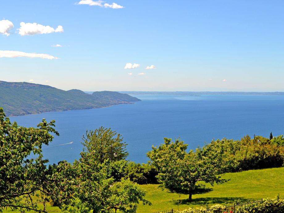 Blick von der Residenz zum See