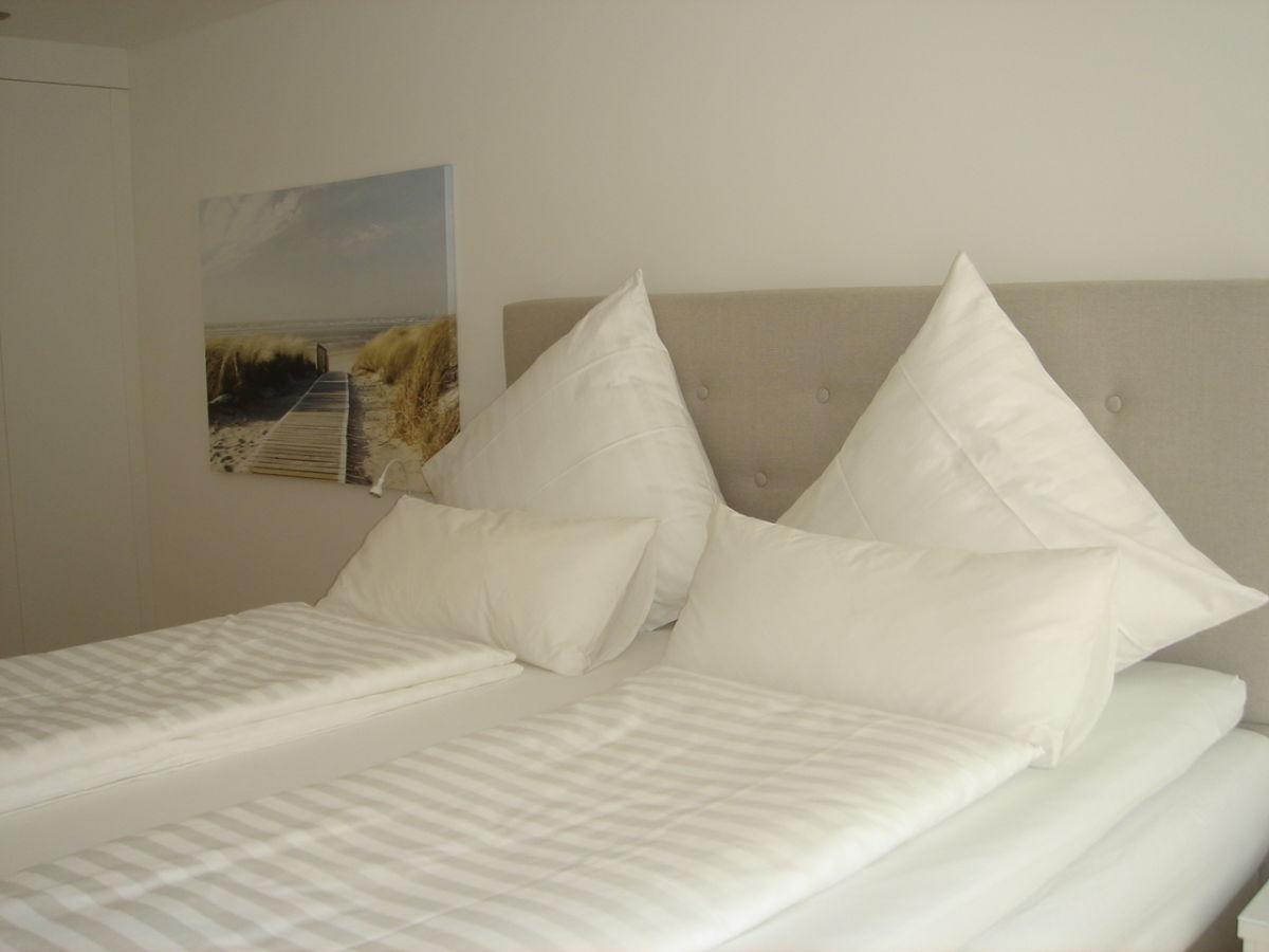ferienwohnung suite 1 og berlingen frau heidi thies. Black Bedroom Furniture Sets. Home Design Ideas