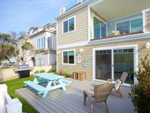 #715 - Luxuriöses Ferienhaus direkt am Strand