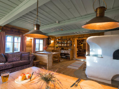 - Country cottage Tara