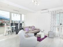 Holiday apartment Ivanica 1