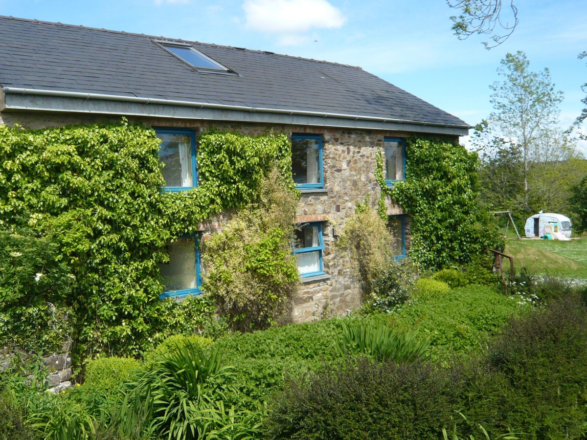Cottage the old farmhouse sleeps 10 cresselly tenby for 5 bedroom farmhouse