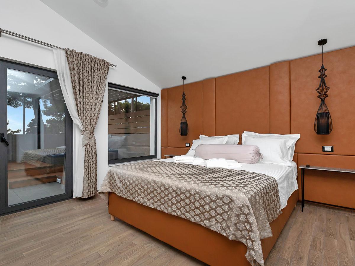 Villa Linda oberhalb Makarska, Makarska, Firma Prominens d.o.o ...