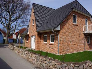 """Ferienwohnung Hägerende 52 EG """"Kapitänshaus"""""""