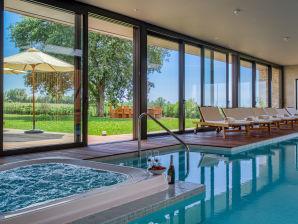 Luxus Villa mit Meerblick