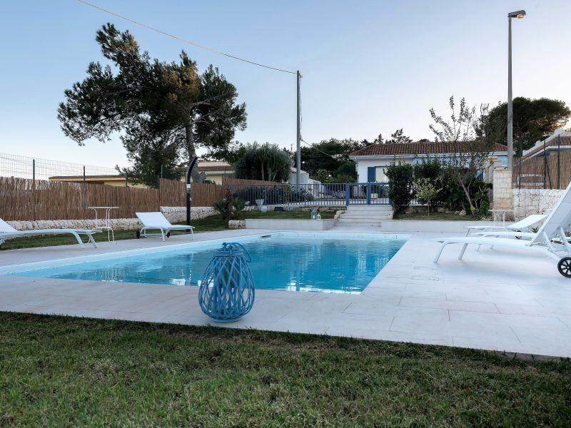 Villa mit Pool 100 m vom Meer, perfekt für Familien mit Kinder