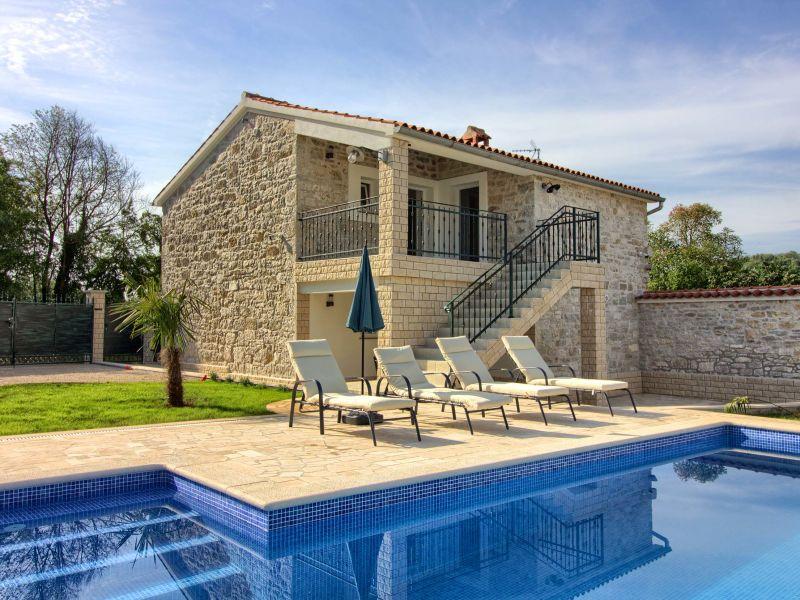 Villa Lenny mit privatem Pool in Porec