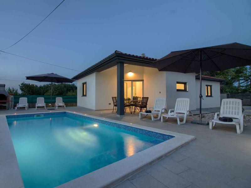 Villa Sissano mit privatem Pool in nähe Pula