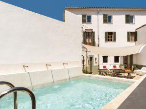 Ferienhaus Stadthaus Casa Marta mit Pool in Pollensa