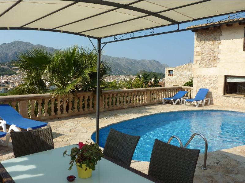 Villa Pou mit Pool in Pollensa