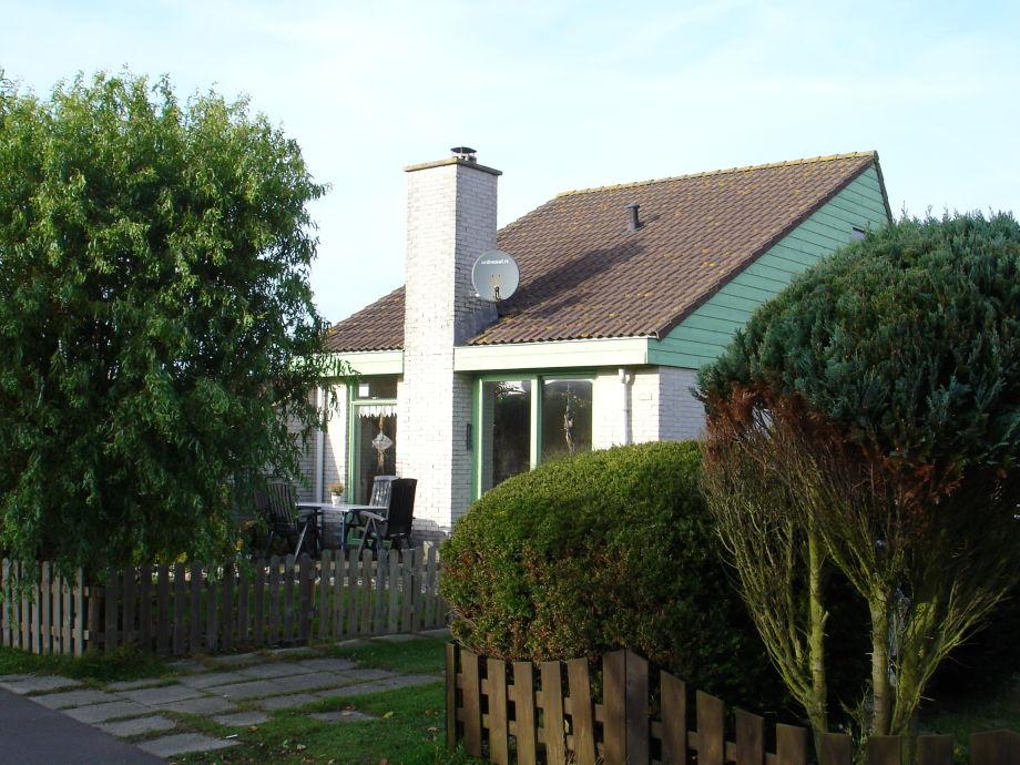 Gartenansicht, Eingang an rechter Seite