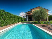 Villa Villa Maron