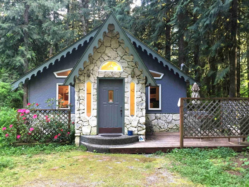Holiday cottage Mt. Baker Cabin #60 - Sleeps 2!