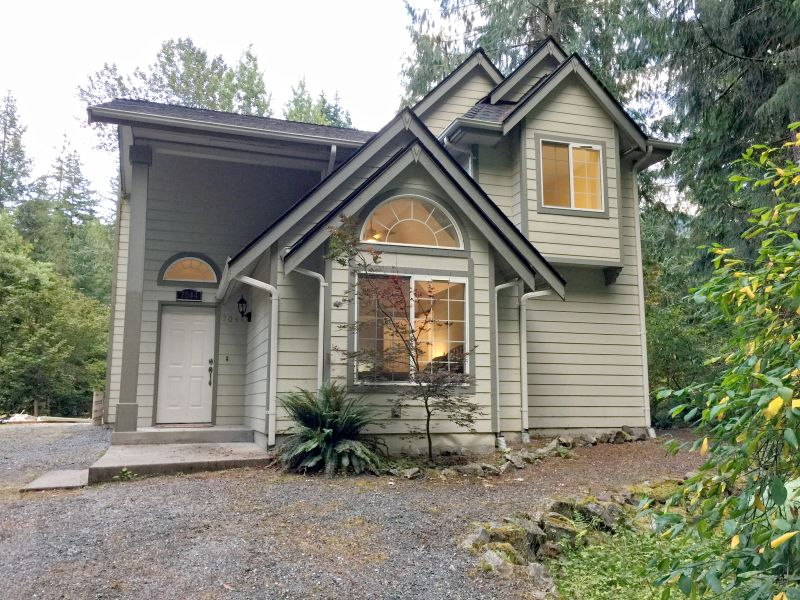 Holiday house Mt. Baker Cabin #62-  Sleeps 6!