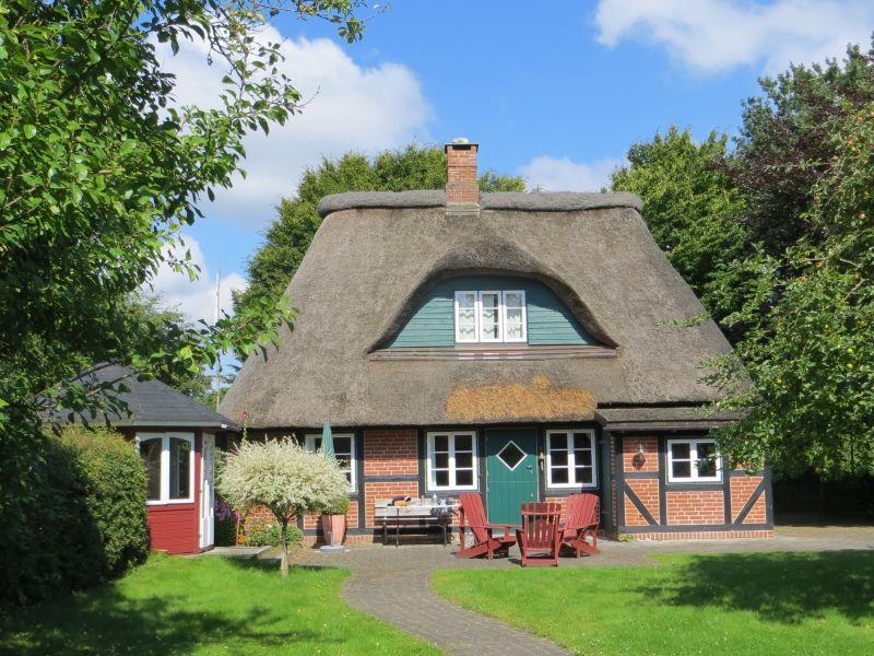 """Ferienhaus """"Frieda"""" Urlaubsparadies unter Reet 1"""