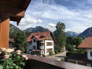 Alpenflair Ferienwohnung  223