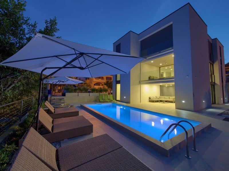 Ferienwohnung 1 - Villa Celeia mit Pool