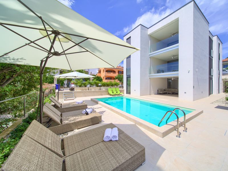 Holiday apartment 2-Villa Celeia with pool