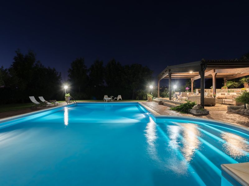 Villa with pool and amazing garden